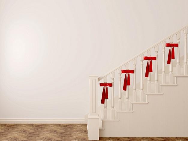 Wenig aufwendig, aber dennoch sehr effektvoll ist eine gezielte Dekoration des Geländers, (#01)