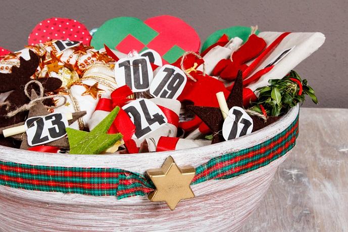 Nicht alles in die richtige Reihenfolge legen, sodass der Beschenkte auch wirklich ein wenig Zeit beim Suchen verbringen muss. (#06)