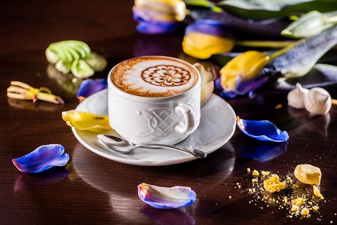 Der Cappuccino ist übrigens auch als Milchkaffee bekannt – das wissen viele heute gar nicht. (#01)
