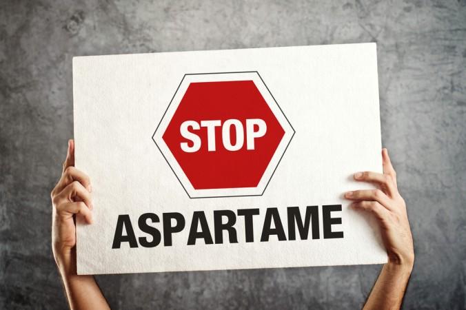 Richtige Freude in Bezug auf Aspartam verspüren die Verschwörungstheoretiker: Denn wer ist beispielsweise für den schlechten Ruf von Aspartam verantwortlich? (#4)