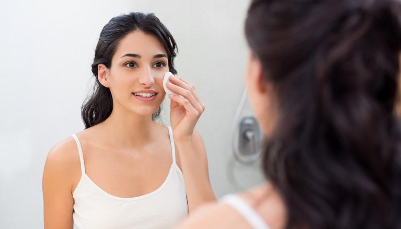 Die koreanische Kosmetik ist für ihre natürlichen Inhaltsstoffe berühmt, die sowohl gut für die Umwelt, sie stammen nämlich häufig aus biologischem Anbau, als auch hervorragend zur Haut sind. (#02)