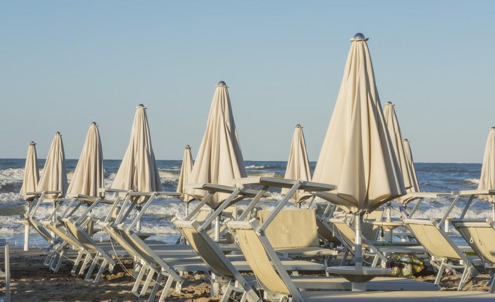 Der Strand von Cervia ist wie der ganze Strand entlang der Emilia Romagna bekannt für seinen feinen weißen Sand. (#6)