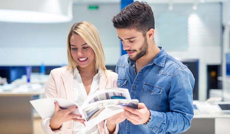 Ein klassischer Weg für einen Einkauf bei einem Anbieter ist die Registrierung im Shop. Diese wird bei Personalshop ebenfalls angeboten, allerdings nur dann, wenn man bereits Kunde ist.