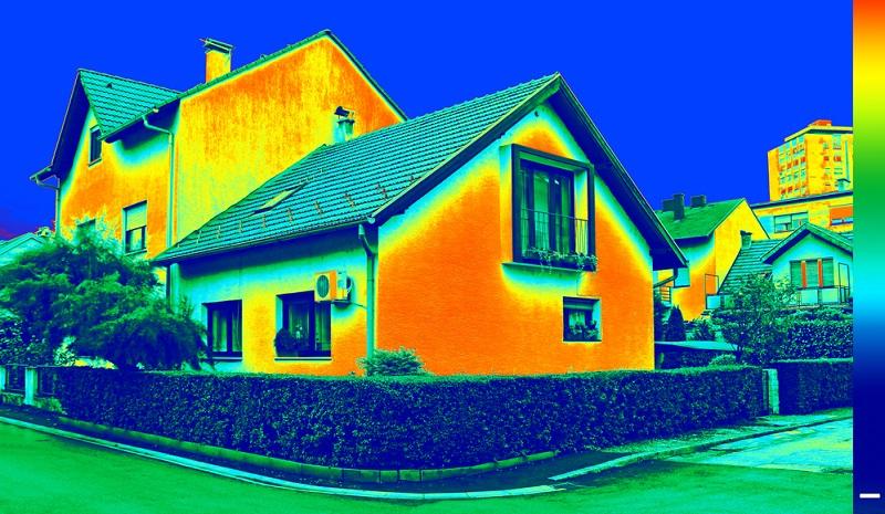 Wer den Gasverbrauch im Einfamilienhaus senken möchte, muss versuchen, sämtliche Verluste von Wärme zu vermeiden.