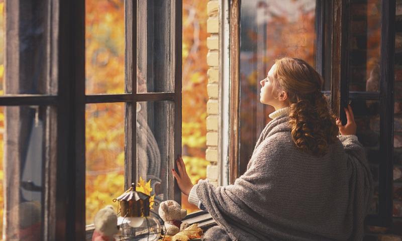 Besser Stoßlüften statt die Fenster den ganzen Tag auf Kippe zum Heizkosten sparen (#01)