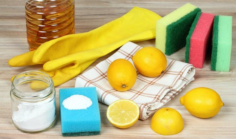 : Eine besonders günstige Methode, das Ceranfeld zu reinigen, ist Waschsoda.